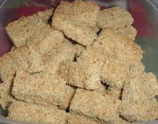 Mushkazone (Hungarian Spice Cookies)
