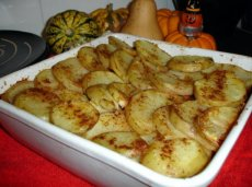 Potato-Crusted Lentil Hotpot