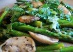 Stir Fried Asparagus With Mushrooms