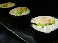 Spicy Tuna Salad Sushi Roll