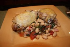 Tuscan Chicken With Spinach and Beans
