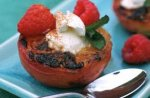 Honey-grilled peaches with mascarpone