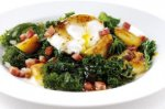 Warm salad of bacon, egg and kale