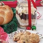 Christmas Cookies in a Jar