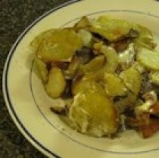 Blue Cheese Fried Potatoes