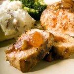 Spicy Peach-Glazed Pork Chops