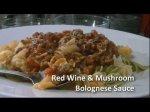 RECIPE: BOLOGNESE PASTA SAUCE - RED WINE & MUSHROOM!