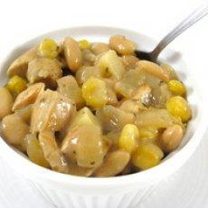 Delightfully Light Chicken and White Bean Chili Recipe