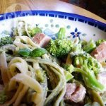Spinach Fettuccine with Broccoli and Ham
