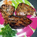 Barbecued tuna with honey glaze