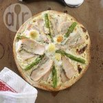 Smoked chicken, asparagus and egg pizza