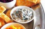 Spinach & yoghurt dip