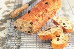 Walnut & muscatel French sticks