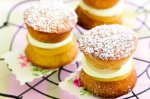 Mini Victoria sponge cakes with lemon curd and cream